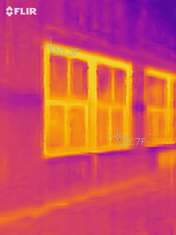 window frame thermal bridging thermal image